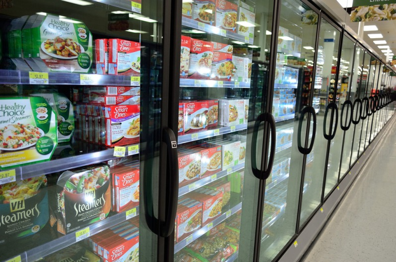 freezer aisle grocery store